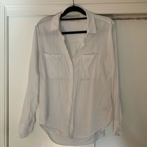 Anthropologie cloth and stone white blouse